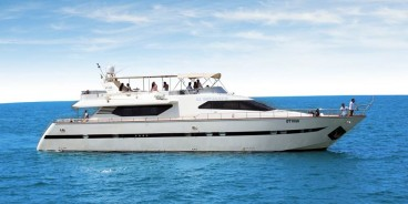 85 Feet Luxury Yacht